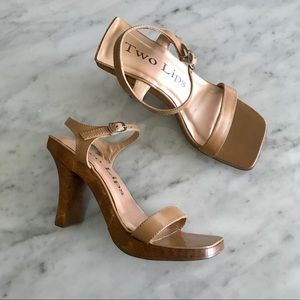 90s square toe wooden heel sandals tan size 7
